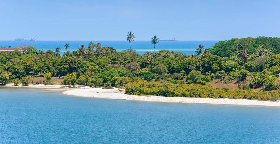 The shores of the Indian Ocean in Dar es Salaam, Tanzania, Africa
