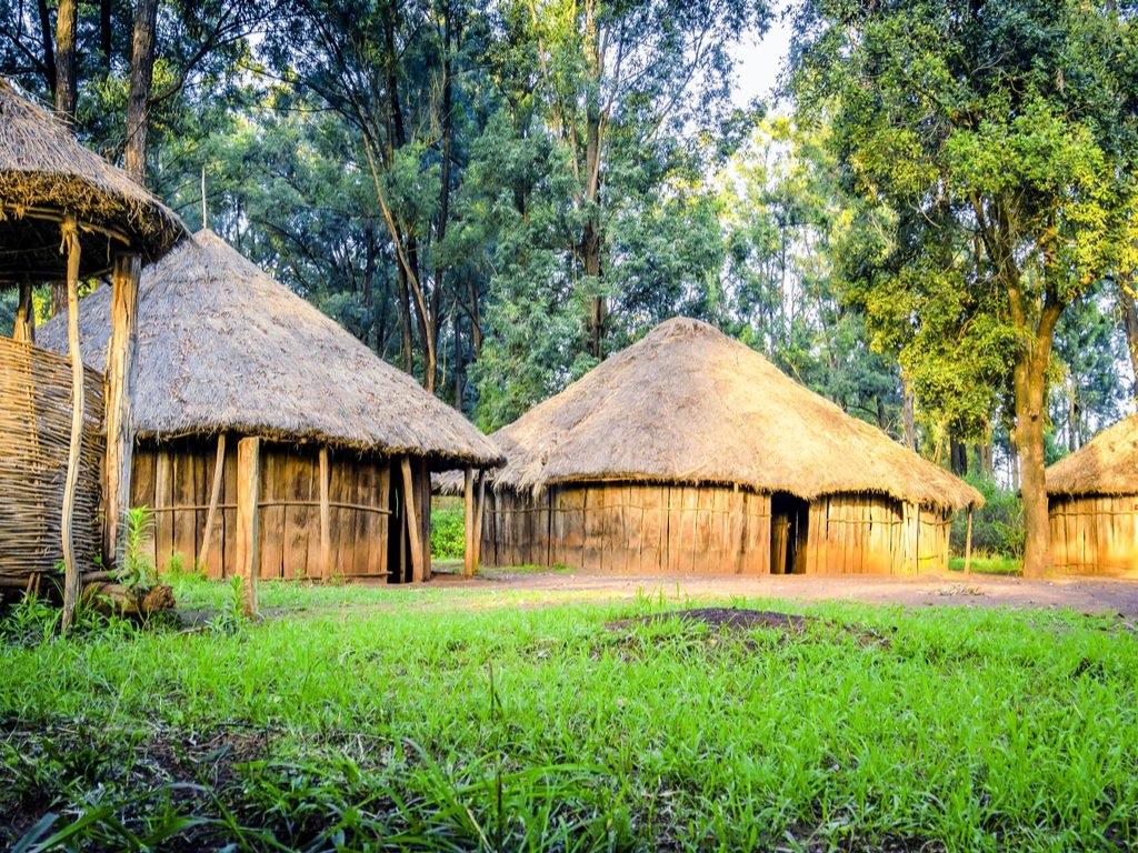 Village traditionnel près de Nairobi